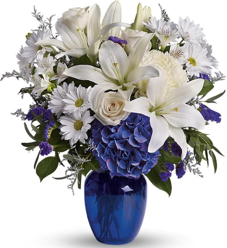 Jaylas Hydrangea blue floral arrangement